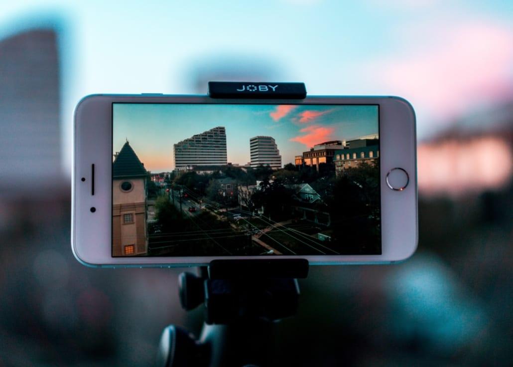 Mobil som filmer for videoproduksjon