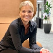 Ellen Ny B2B og B2C markedssjef stol
