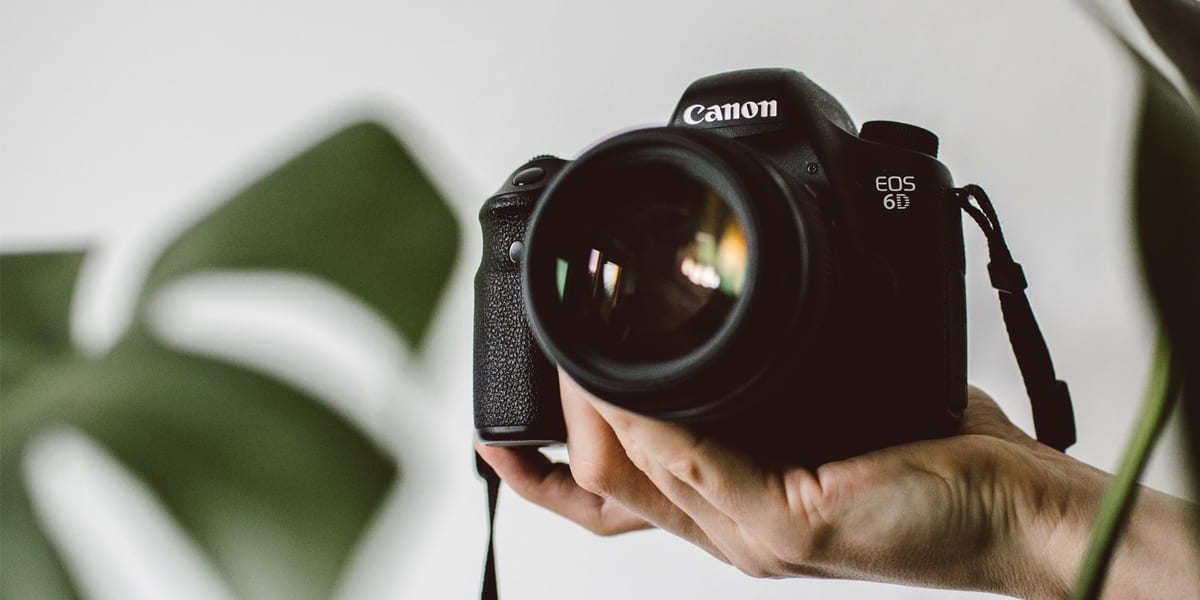 Kamera i hånd